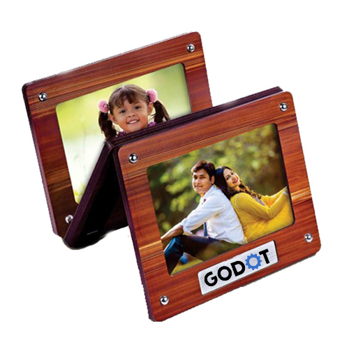 Hanging 3 pc wooden photo frame