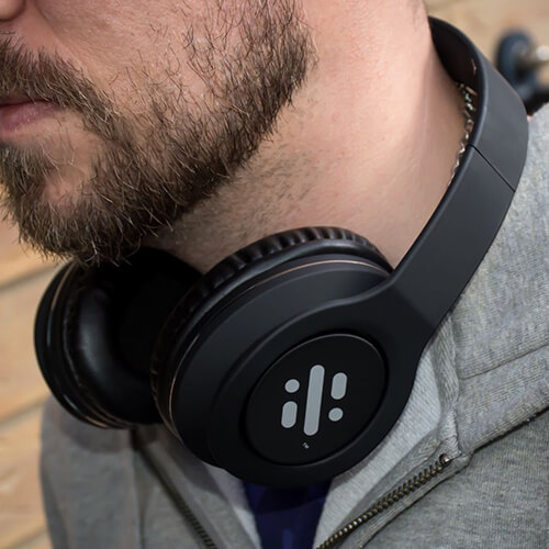 headphones, electronic gifts for men, electronic gift ideas
